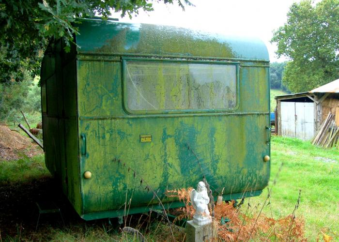 Green caravan, going nowhere.
